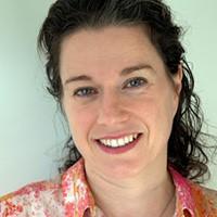 Dr. Isabella Feierberg